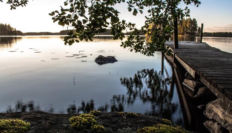 Suomalaisten kesälomamatkat -suomalainen lomailee kesäisin harkiten